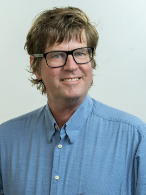 Faculty Headshot for Alan Hubbard